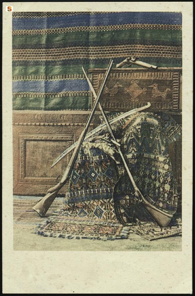 Armi dell'epoca - Foto Collezione Colombini -
