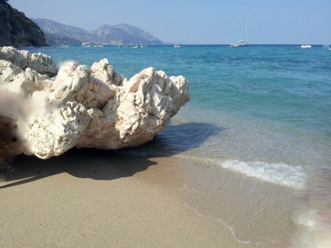 Scorcio della spiaggia di Cala Luna. Foto di S. Atzori