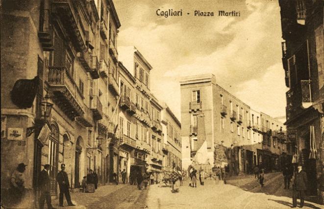 Cagliari. Piazza Martiri. - foto G. Montorsi - Collezione Colombini