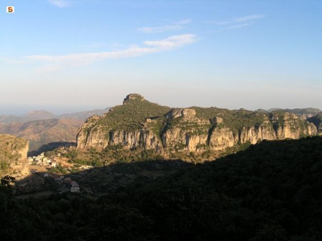 Panorama di Ulassai. Foto di O. Piscedda - http://www.sardegnadigitallibrary.it/